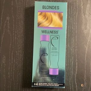Brand new! Malibu blondes wellness kit